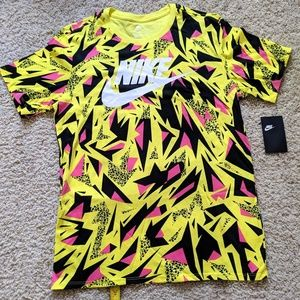 NWT Vintage Nike Air 90's Graphics T-Shirt Large